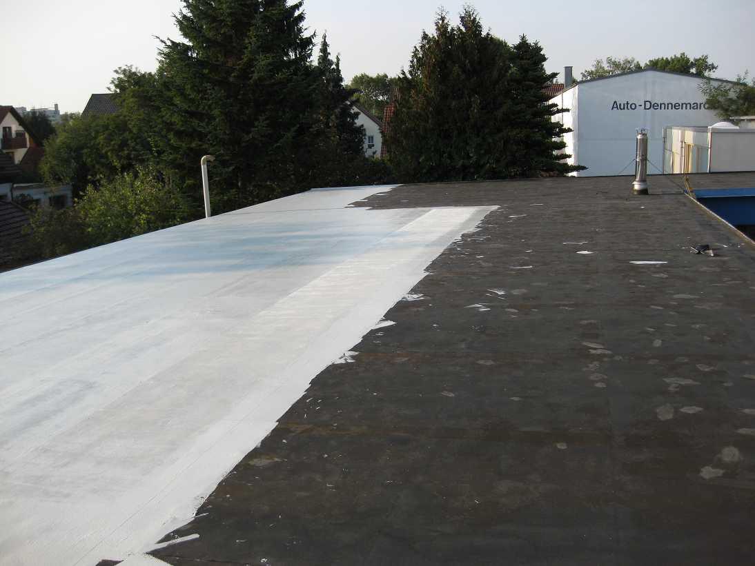 Sehr Flachdachsanierung mit Flüssigkunststoff | GD-Dachsysteme.de EC51